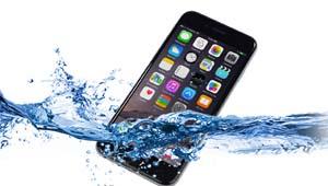 Что делать, если айфон залит водой — узнай сейчас!